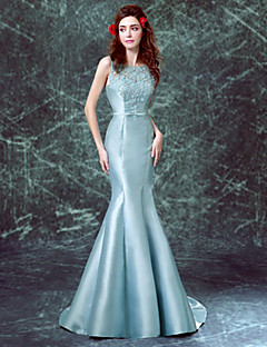Formal Evening Dress Trumpet / Mermaid Scoop Sweep / Brush Train Satin / Taffeta with Appliques / Beading / Pearl Detailing