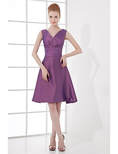 Knee-length Taffeta Bridesmaid Dress - A-line V-neck with Bow(s) / Side Draping