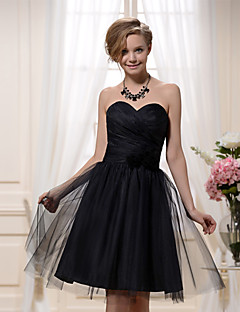 Knee-length Satin / Tulle Bridesmaid Dress A-line Sweetheart with Flower(s) / Criss Cross