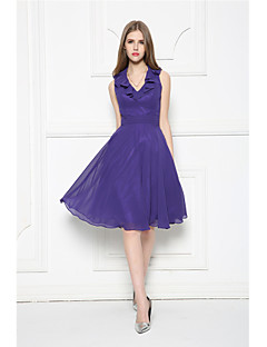 Knee-length Chiffon Bridesmaid Dress A-line V-neck with Ruffles / Sash / Ribbon / Side Draping