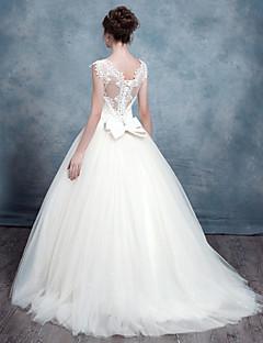 웨딩 드레스-A-라인 스윕/브러쉬 트레인 퀸 앤 레이스 / 튤