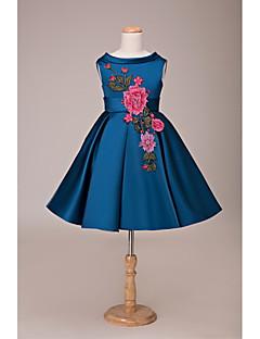Lanting nevěsta ® plesové šaty krátké / mini květin šaty - krajka / satén bez rukávů s šperk