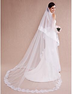 Menyasszonyi fátyol Egykapcsos Katedrális fátylak Csipke szegély Tüll Fehér / Bézs