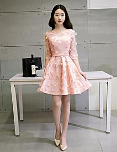 Cocktail Party Dress A-line Scoop Short / Mini Lace / Tulle with Appliques / Lace / Sash / Ribbon