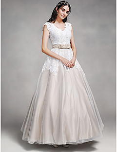 Lanting Bride® A-line Wedding Dress Wedding Dresses in Color Ankle-length V-neck Lace / Satin / Tulle with Button / Lace / Sash / Ribbon