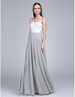 Lanting Bride® Gulvlang Chiffon / Blondelukning Brudepigekjole A-linje Sweetheart med Blonde / Kryds & Tværs