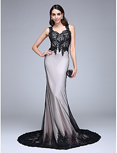 TS Couture Formal Evening Dress - Color Block Trumpet / Mermaid Queen Anne Court Train Lace Tulle with Appliques Beading