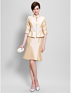 Lanting Bride® Sheath / Column Mother of the Bride Dress Knee-length Half Sleeve Taffeta with Lace