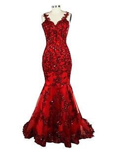 Formal Evening Dress Trumpet / Mermaid V-neck Court Train Lace / Satin with Appliques / Sequins