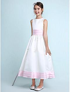 Lanting Bride® באורך  הברך סאטן שמלה לשושבינות הצעירות  גזרת A / נסיכה עם תכשיטים טבעי עם קפלים / סרט / סלסולים