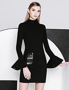 Damen Hülle / Das kleine Schwarze Kleid-Ausgehen Einfach Solide Rundhalsausschnitt Übers Knie Langarm Schwarz Nylon Frühling / Herbst