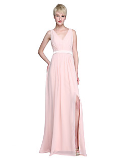 2017 Lanting Bride® Floor-length Chiffon Furcal Bridesmaid Dress - Sheath / Column V-neck with Sash / Ribbon / Split Front / Pleats