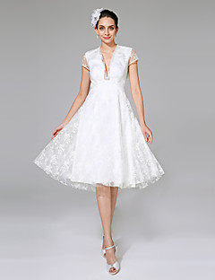 LAN TING BRIDE A-라인 웨딩 드레스 - 쉬크&모던 리틀 화이트 드레스 무릎 길이 V-넥 레이스 와 레이스