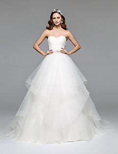 A-라인 끈없는 스타일 바닥 길이 튤 웨딩 드레스 와 크리스탈 비즈 으로 LAN TING BRIDE®