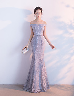 Formal Evening Dress - Lace-up Trumpet / Mermaid Off-the-shoulder Floor-length Lace with Sash / Ribbon