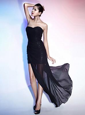 Koktejlový večírek / Formální večer Šaty - Sexy / Malé černé šaty Pouzdrové Bez ramínek / Srdce Na zem / Asymetrické Šifón / Flitry s