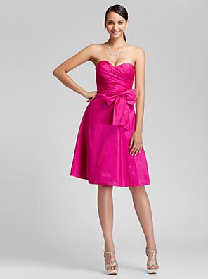 Lanting Bride® Ke kolenům Taft Šaty pro družičky - A-Linie / Princess Bez ramínek / Srdce Větší velikosti / Malé s Mašle / Boční řasení