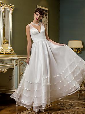 Lanting Bride® A-Linie Drobná / Nadměrné velikosti Svatební šaty Open Back Po kotníky Do V Organza / Tyl s