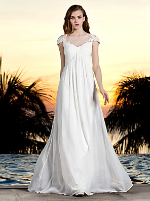 Lanting Bride® Sheath / Column Petite / Plus Sizes Wedding Dress - Classic & Timeless / Glamorous & Dramatic Floral Lace Floor-length