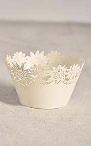 Chrysanthemum Cupcake Weappers - Set of 12
