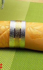 6PCS 25ミリメートルの銅中間金は、ハート形のナプキンリングをエンボス