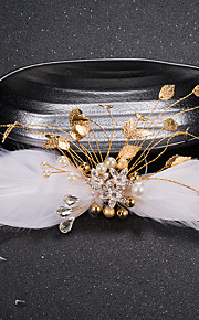 Women's Feather / Rhinestone / Brass / Imitation Pearl Headpiece-Wedding / Special Occasion Hair Clip 1 Piece