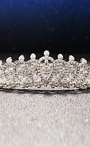 Women's / Flower Girl's Pearl / Rhinestone / Alloy Headpiece-Wedding / Special Occasion Tiaras 1 Piece