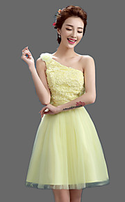 Knee-length Satin / Tulle Bridesmaid Dress A-line One Shoulder with Appliques