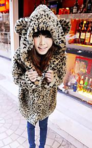 Women's Going out Cute Fur Coat,Leopard Long Sleeve Fall Brown Faux Fur Medium Thick