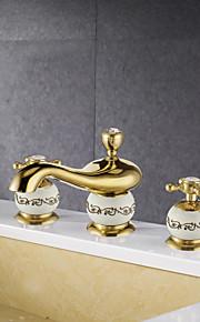 Античный Разбросанная Широкий Spary with  Керамический клапан Две ручки три отверстия for  Титан с влогоотталкивающим покрытием , Ванная