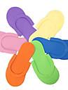 clouer pantoufles (couleur aleatoire)