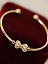 Lucky Star Women\'s Elegant Rhinestone Bow Bracelet