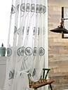 Två paneler Fönster Behandling Rustik Modern Nyklassisistisk Sovrum Polyester Material Skira Gardiner Shades Hem-dekoration For Fönster