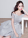 Knee-length Lace Bridesmaid Dress Ball Gown Bateau with Bow(s)