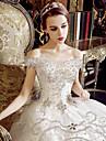 A-line off-the-umăr rochie de mână lungime tul de nunta cu cristal applicles volley