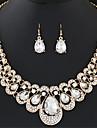 Seturi de bijuterii Cercei Picătură Coliere Cercei Coliere cu Pieptar La modă European Elegant bijuterii de luxPiatră Preţioasă Diamante