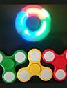 1st LED-ljus rastlösa spinner finger EDC handen spinner tri för barn autism ADHD ångest stress fokus handspinner ramdon färg