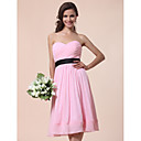 Lanting Bride® Knee-length Chiffon Bridesmaid Dress - A-line / Princess Strapless / Sweetheart Plus Size / Petite withDraping / Sash /