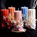 barevné svíčky s květinami korálové svatbu